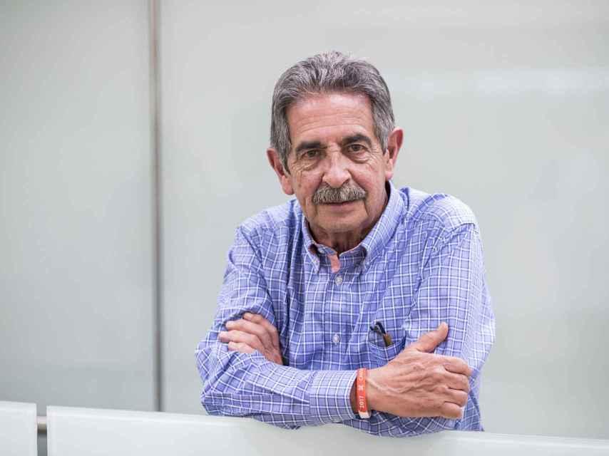 Miguel Ángel Revilla, tras una entrevista con El Español.