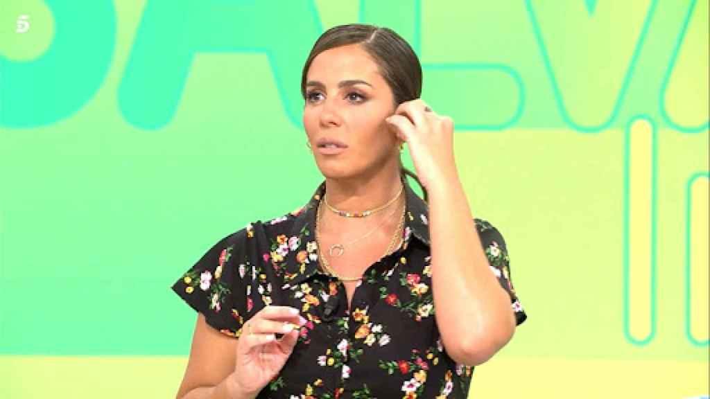 Anabel Pantoja, en su debut como presentadora de 'Sálvame'.