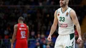 Nick Calathes, durante un partido con Panathinaikos