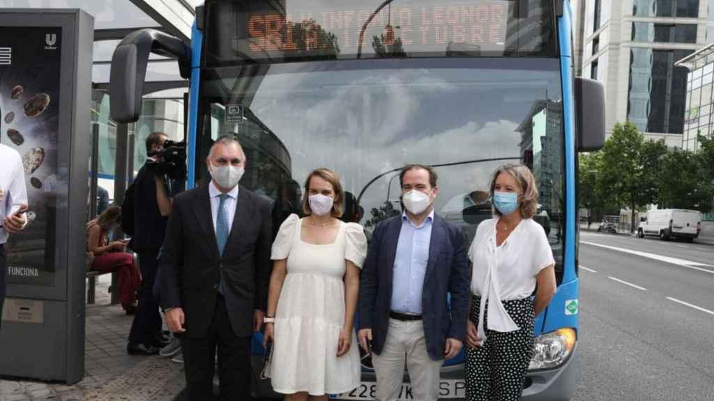Inauguración del servicio EMT Smart Bus Madrid.
