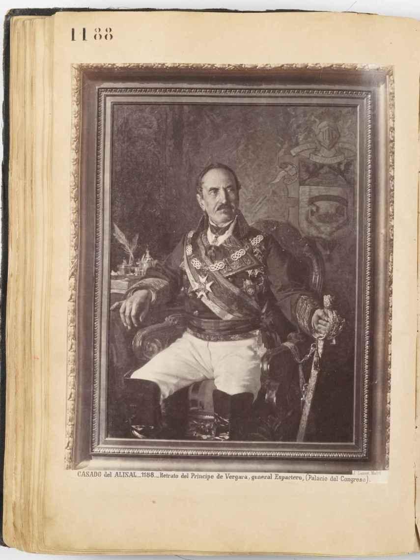Retrato del general Espartero, fotografiado por Jean Laurent.