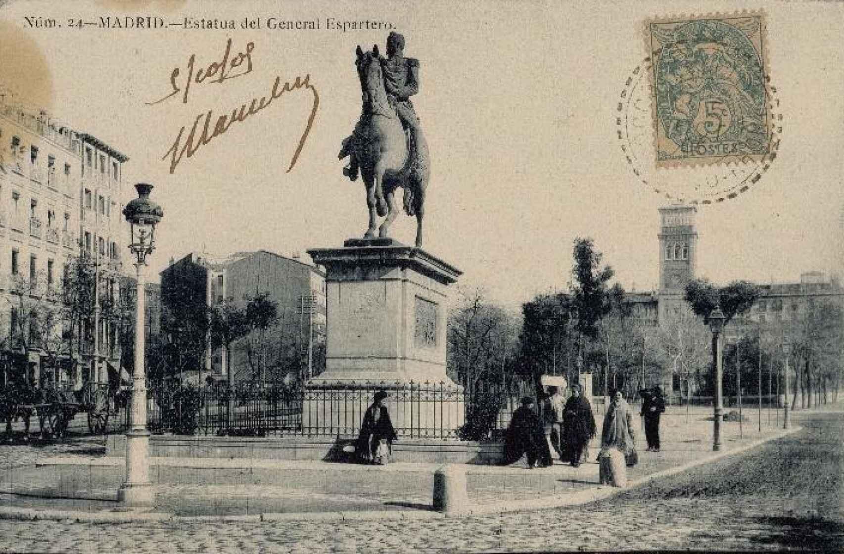 Estatua ecuestre de Espartero. Una fotografía de Jean Laurent.