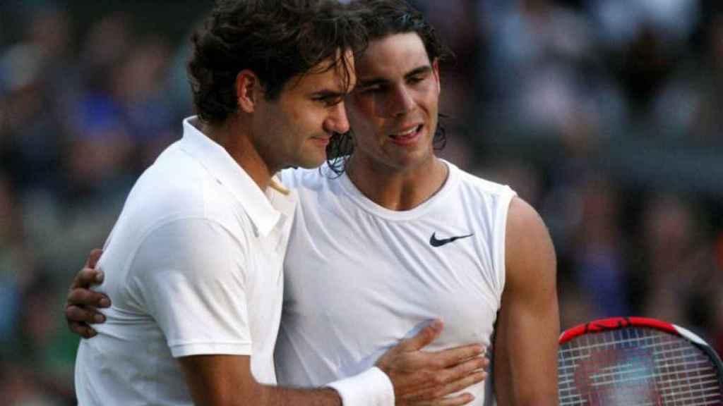 Roger Federer y Rafa Nadal en un Wimbledon de hace una década