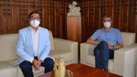 José María Gómez-Caro (i) y Álvaro Gutiérrez (d) en la Diputación de Toledo