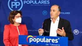 Carmen Riolobos y José Julián Gregorio durante la rueda de prensa