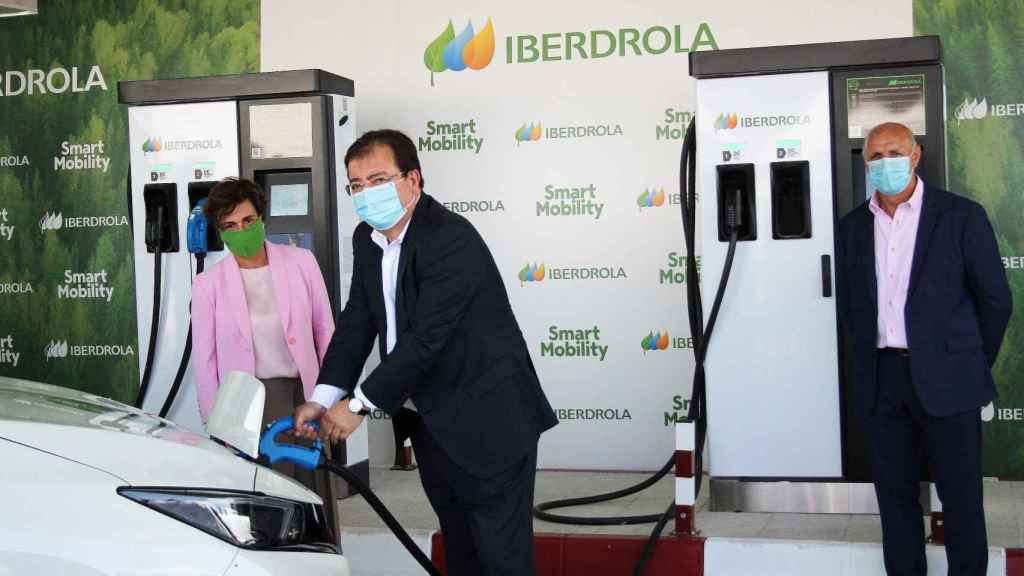 Iberdrola crea un corredor de carga súper rápida coches eléctricos entre centro y sur peninsular