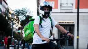 Un 'rider' en el centro de Madrid.