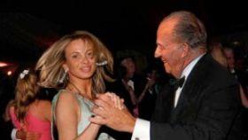 El montaje fotográfico de Corinna y Juan Carlos I.