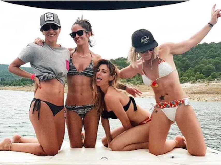 Blanca Suárez posa junto a sus amigas