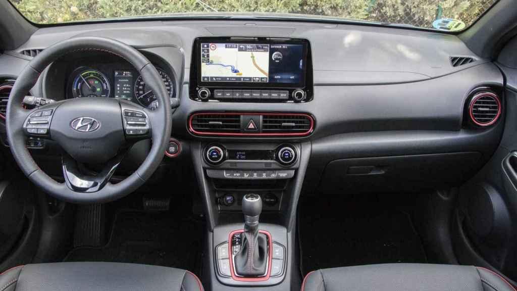 Interior del Hyundai Kona Híbrido.