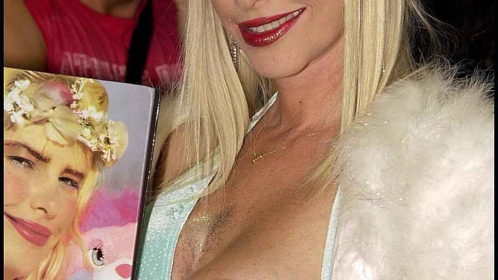 Cicciolina en el festival de cine erótico de Barcelona del año 2000.