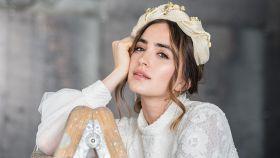 Modelo con vestido de Laura Escribano Atelier.
