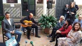 El cantaor Juan Meneses presenta su espectáculo 'Anhelos, Quebrantos Y Otros Cantes' en el Instituto Andaluz del Flamenco, en una imagen de archivo