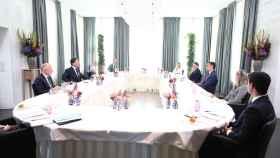 Mark Rutte y Pedro Sánchez, durante el almuerzo de trabajo del lunes en La Haya