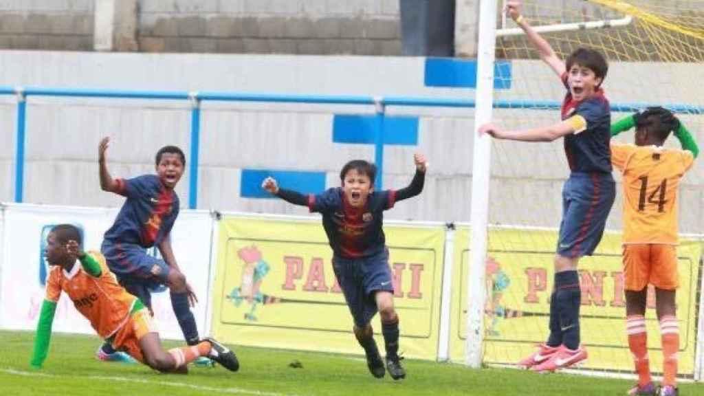 Ansu Fati, Take Kubo y Eric García en un partido con el Barça