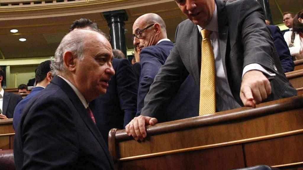 Francisco Martínez con Jorge Fernández Díaz en el Congreso de los Diputados.