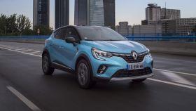 Renault amplía la gama de modelos con versiones híbridas y enchufables.
