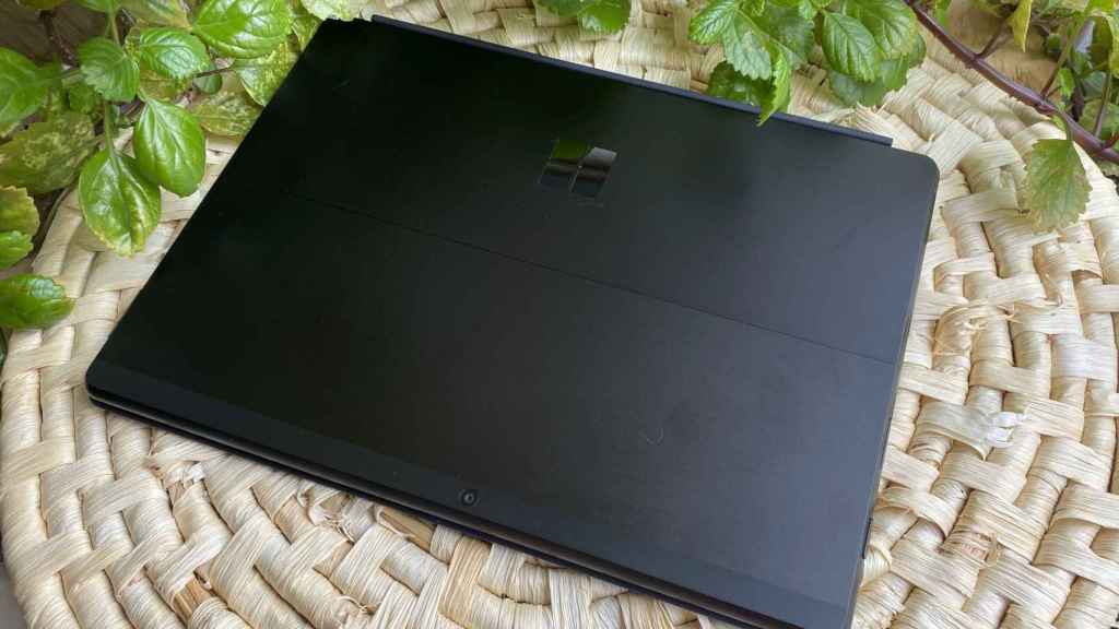 La Surface Pro X es una tablet moderna con Windows 10