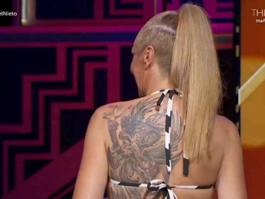 Rocio Carrasco tiene tatuado en su espalda un Ave Fénix.