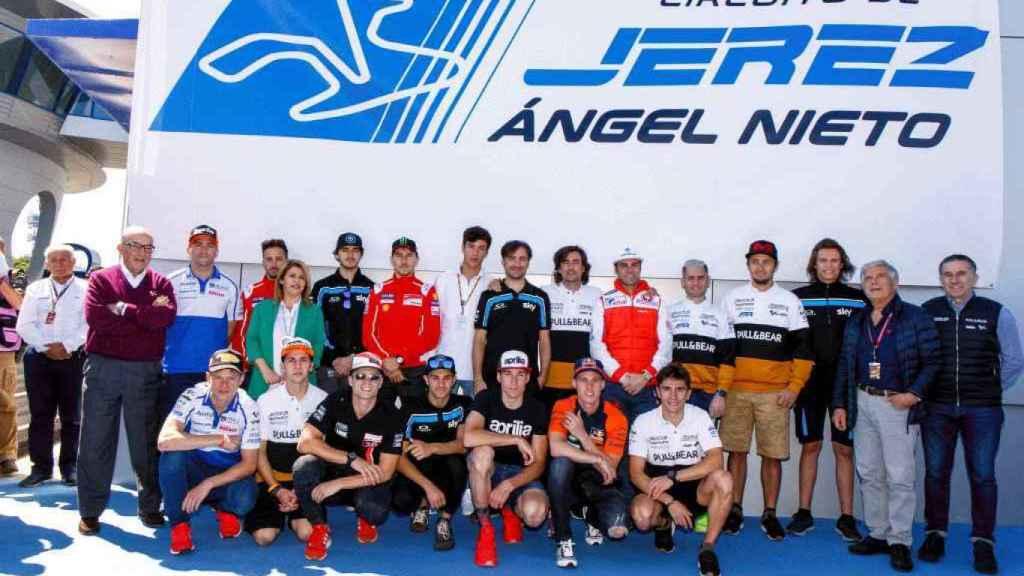 Imagen de los pilotos de MotoGP en el nombramiento del Circuito de Jerez - Ángel Nieto.