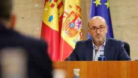 Francisco Javier Martín Cabeza, interventor general de la Junta CLM, este viernes en las Cortes (Foto: Cortes CLM)
