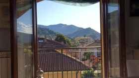 Vista desde una ventana en Italia.