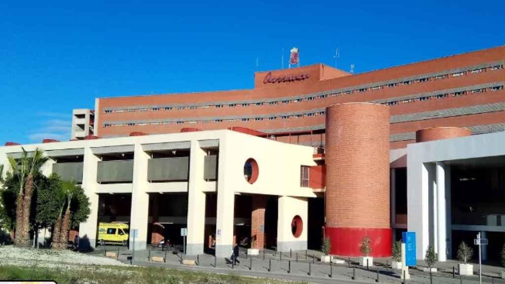 Los médicos del Hospital Virgen de la Arrixaca de Murcia atendían a Carmen porque tenía diagnosticada una enfermedad rara.