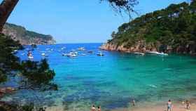 Pánico en la Costa Brava, con su turismo francés de lujo, por si se decreta un cierre de fronteras