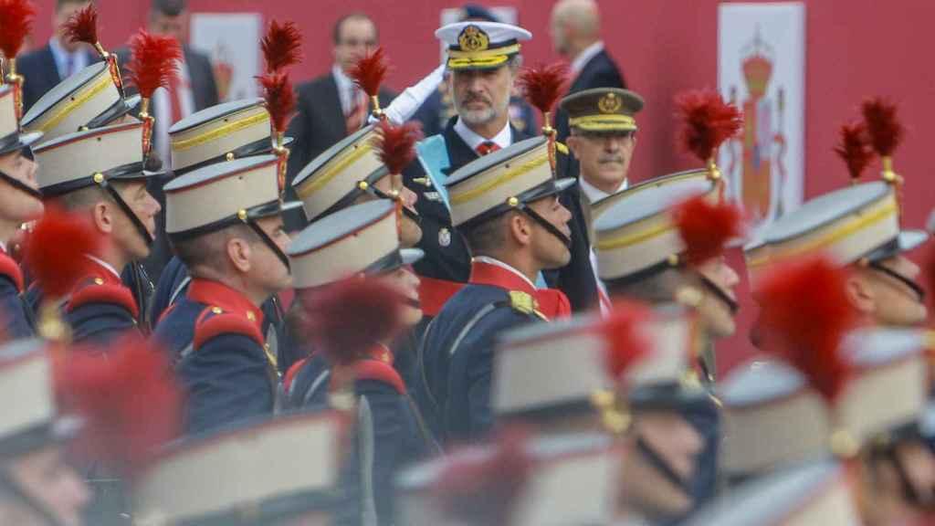 Felipe VI presidiendo el desfile del 12 de octubre de 2019.