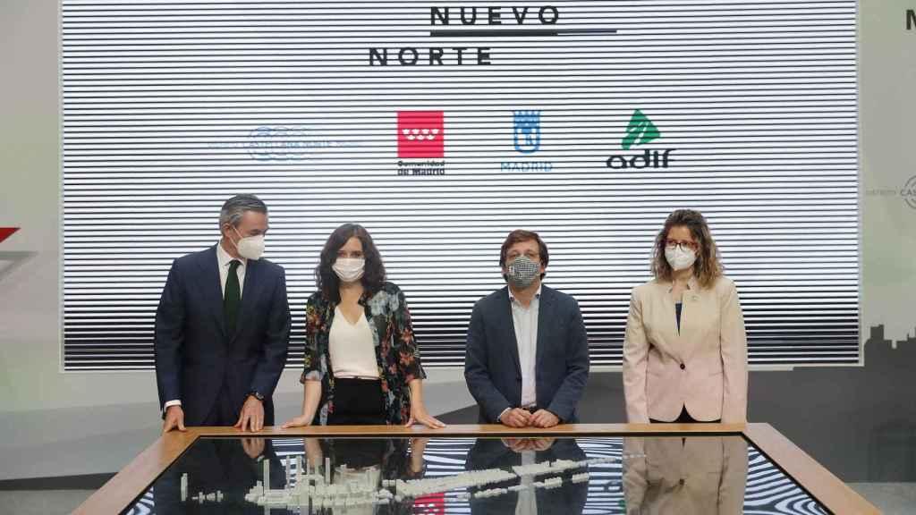 Presentación de la maqueta digital de MNN en la sede de la Comunidad de Madrid.