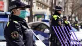 Uno de cada tres aspirantes a entrar en la Guardia Urbana de Barcelona son mujeres. EFE