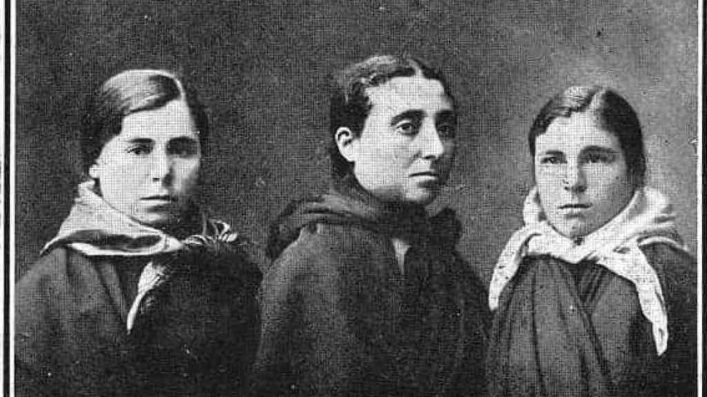Las tres heroínas gallegas del Santa Isabel.