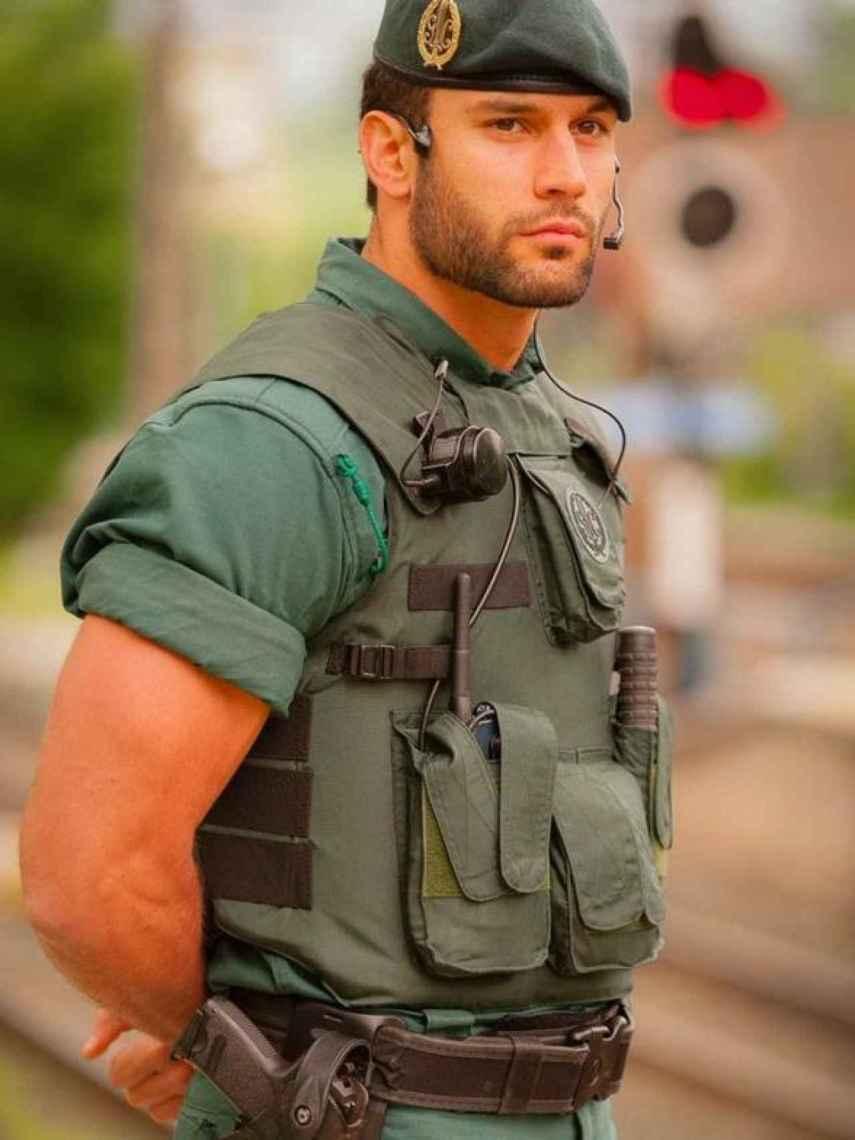 En 2018 esta foto que compartió la Guardia Civil se hizo viral y el nombre de Jorge empezó a sonar con fuerza.