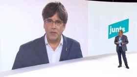 Carles Puigdemont interviene desde Bélgica con Torra en el plató en Barcelona.
