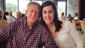 Carolina Marín, junto a su padre