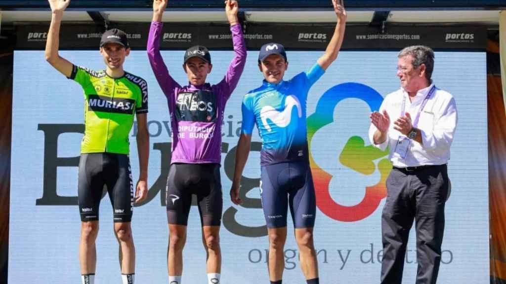 El podio de la edición de la Vuelta a Burgos 2019 con Óscar Rodríguez (izquierda), Iván Ramiro Sosa (centro) y Richard Carapaz (derecha)