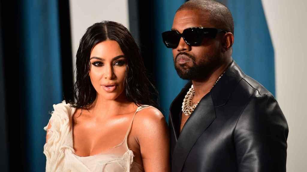 Kanye West y Kim Kardashian en la fiesta de Vanity Fair tras los Óscar 2020