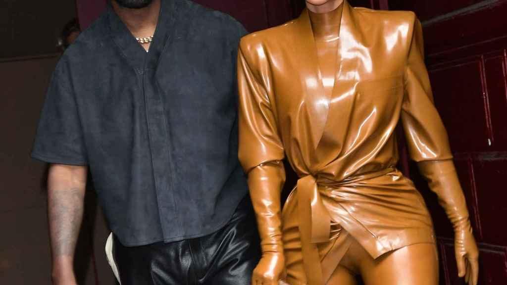 Kanye West pide disculpas a Kim Kardashian por revelar detalles privados