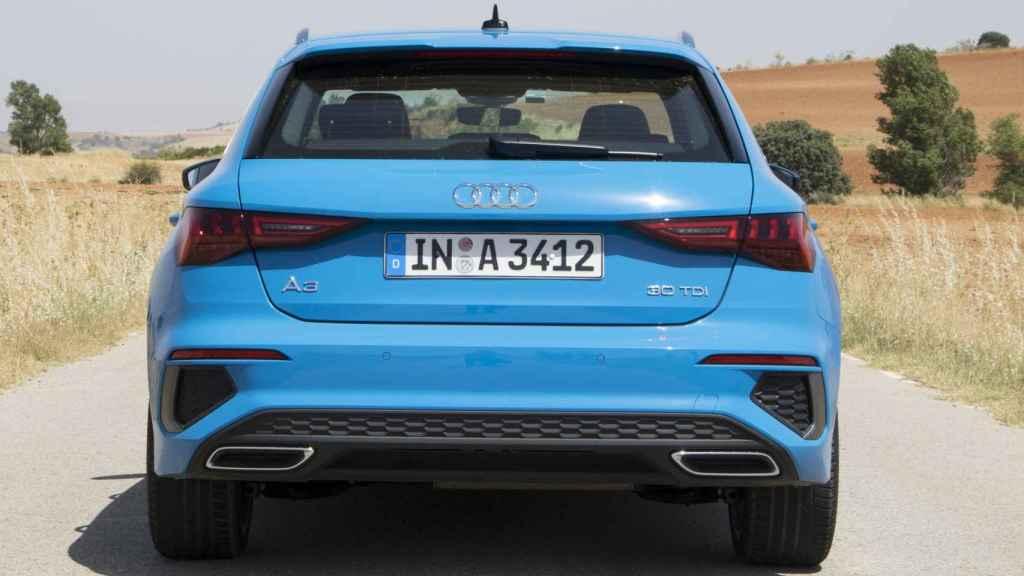 La trasera nos recuerda, en parte, al Audi A1.