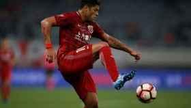 Hulk durante un partido del Shanghai