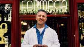 El actor Miguel Ángel Garzón (Quique en Farmacia de Guardia) en la reciente campaña promocional del sector farmacéutico