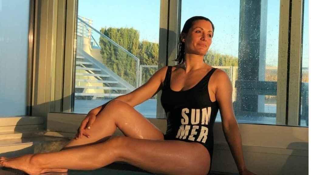 Nagore Robles se relaja en durante sus vacaciones en Portugal.