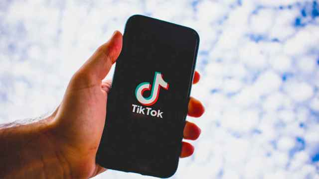 Tik Tok pone el parche antes de la herida: abre sus algoritmos al público