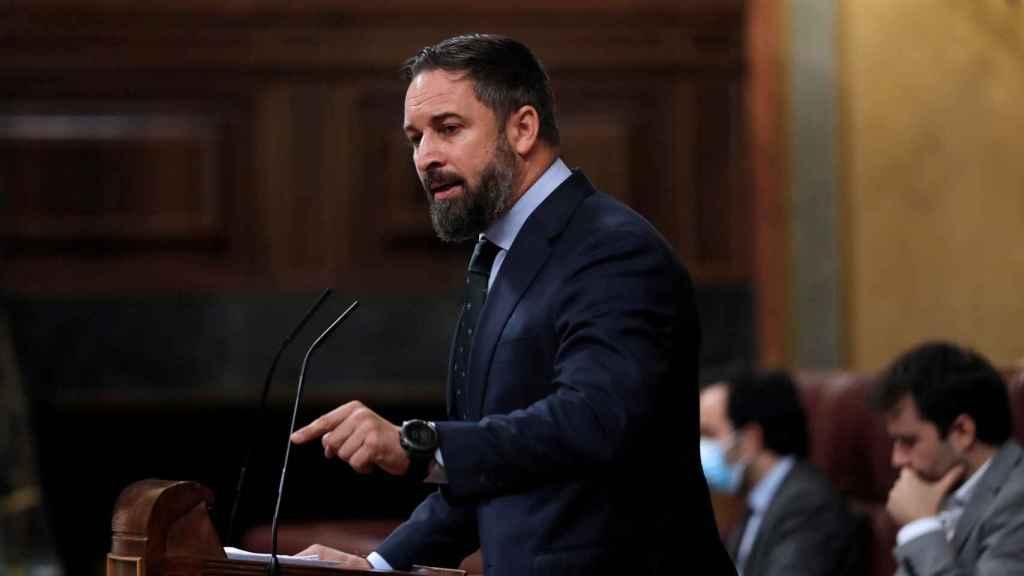 Santiago Abascal, líder de Vox, en el atril del Congreso.