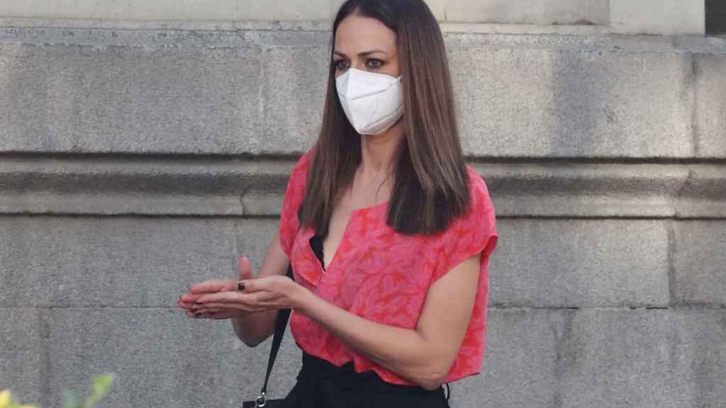 Eva González mantiene su silencio tras las declaraciones de Karelys