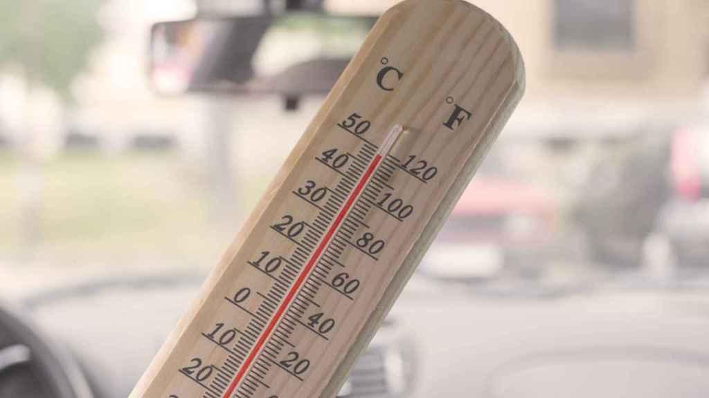 Bajar la temperatura del coche es relativamente sencillo sin utilizar el aire acondicionado.