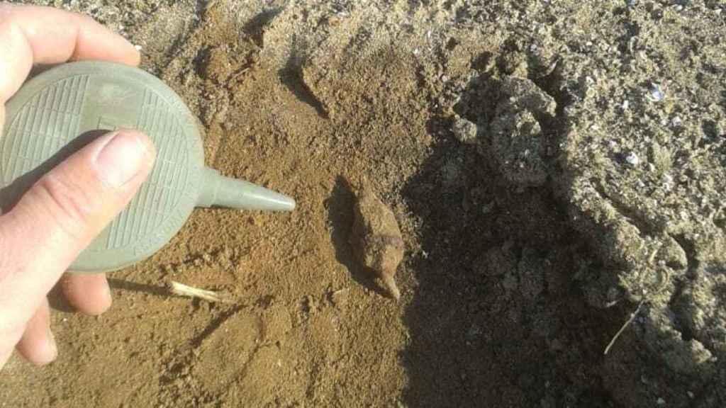 Punta de flecha del periodo cruzado hallada cerca de Arsuf.