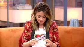 La presentadora se ha emocionado por las palabras del hijo de Ana Obregón.
