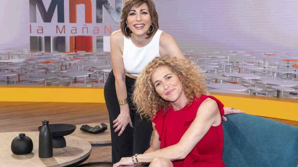 Mamen Asencio y Cristina Fernández en 'Las Mañanas de La1'.