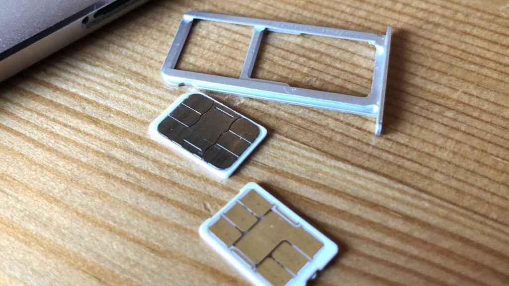 Ranura Dual SIM en un móvil.